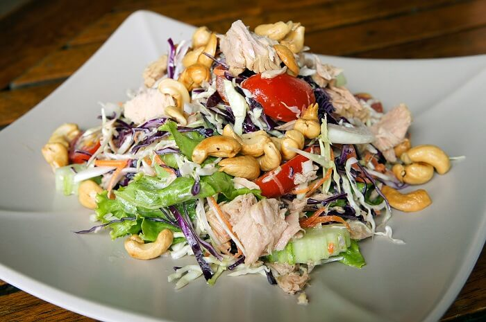 Chicken And Cashew Crunchy Salad Mix
