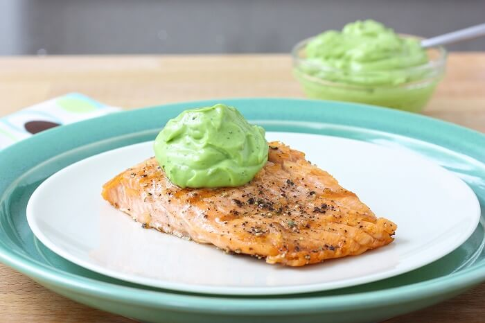 Grilled Salmon With Creamy Avocado Dip