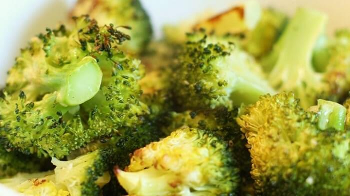 Garlic Roasted Broccoli