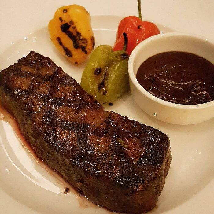 Beef Tenderloin Steak With Balsamic Tomatoes