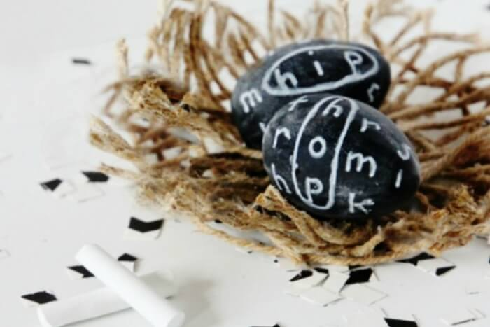 chalkboard-eggs-and-jute-twine-nest-730x487
