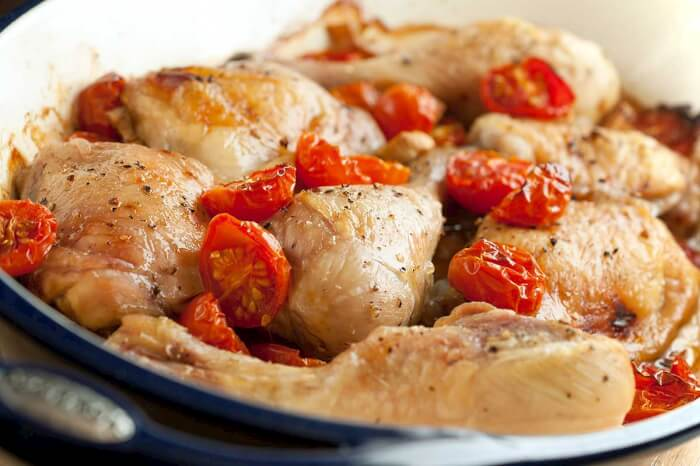 baked-chicken-with-garlic-and-cherry-tomatoes